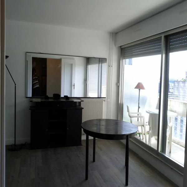 Offres de location Appartement Courbevoie 92400
